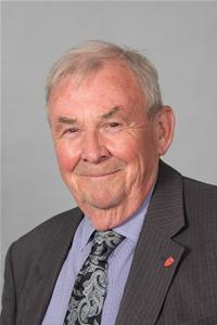 Profile image for Councillor Colin Belsey